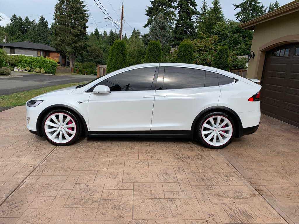 used Tesla Model X 2016 vin: 5YJXCBE20GF017596