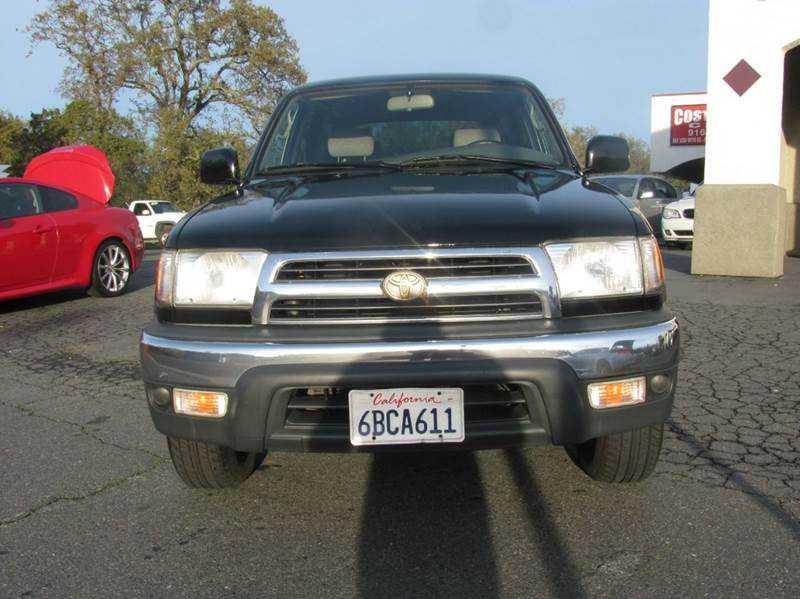 Toyota 4Runner 2000 $5500.00 incacar.com