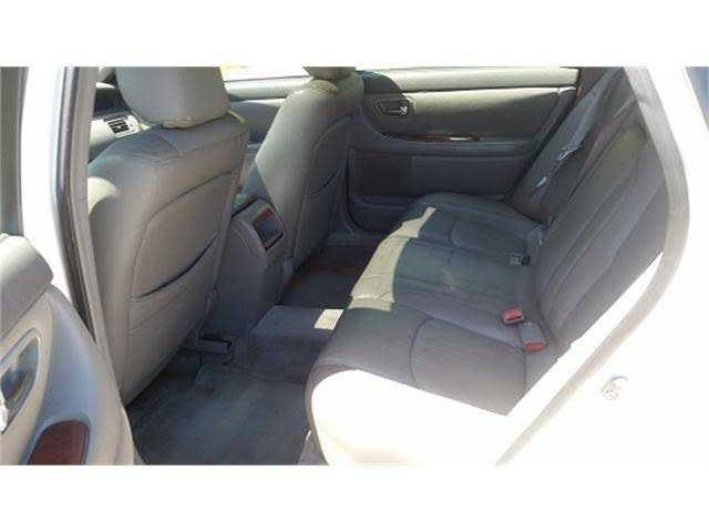 Toyota Avalon 2000 $2000.00 incacar.com