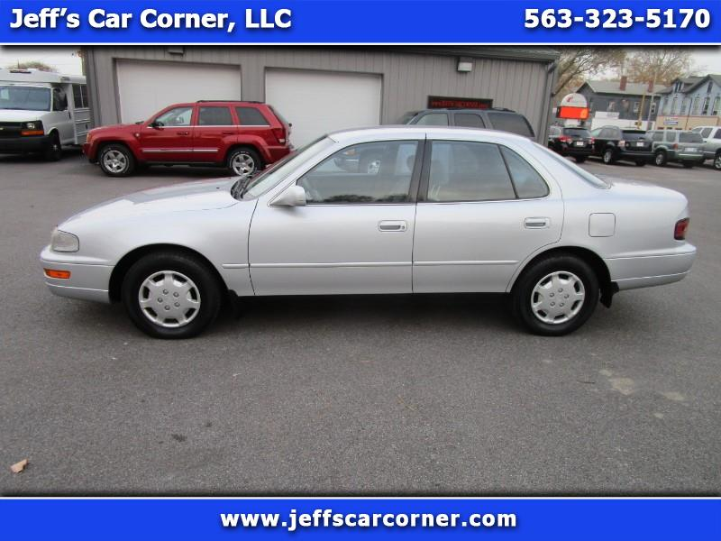 Toyota Camry 1992 $4900.00 incacar.com