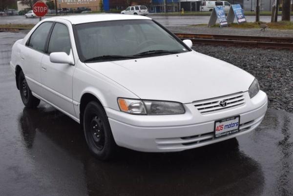 Toyota Camry 1997 $3995.00 incacar.com