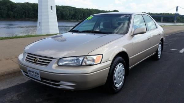 Toyota Camry 1998 $3750.00 incacar.com