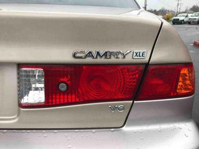 Toyota Camry 2000 $4495.00 incacar.com