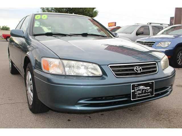 Toyota Camry 2000 $3995.00 incacar.com