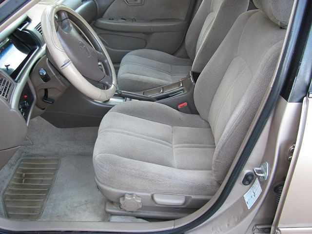 Toyota Camry 2001 $1800.00 incacar.com