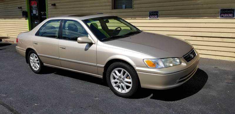 Toyota Camry 2001 $3995.00 incacar.com