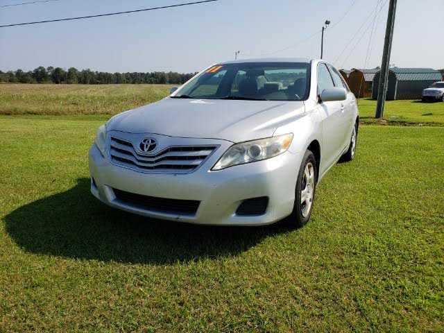 Toyota Camry 2011 $9495.00 incacar.com