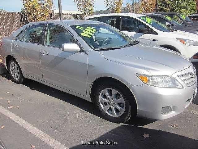 Toyota Camry 2011 $9995.00 incacar.com