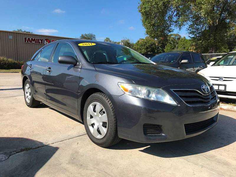 Toyota Camry 2011 $7998.00 incacar.com