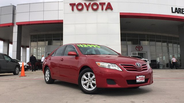 Toyota Camry 2011 $11995.00 incacar.com