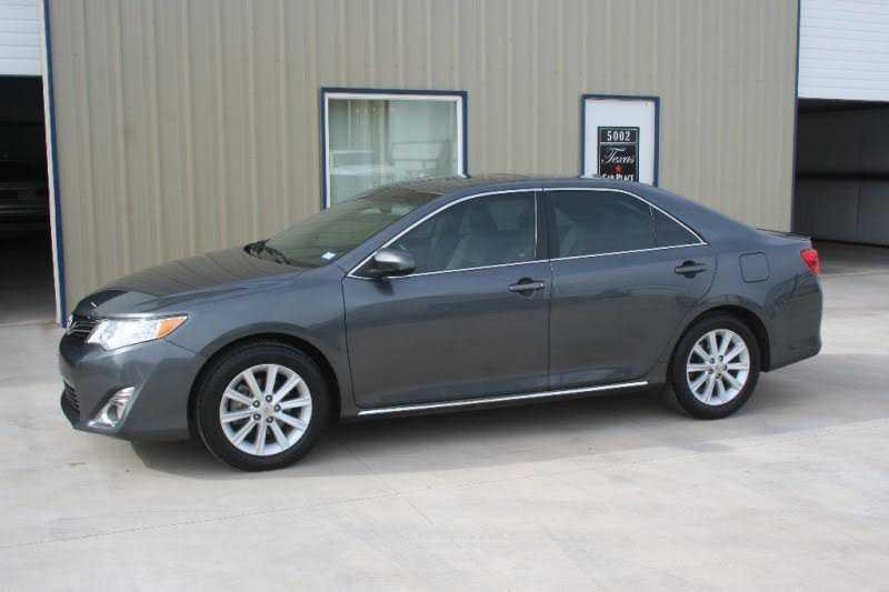 Toyota Camry 2012 $11980.00 incacar.com