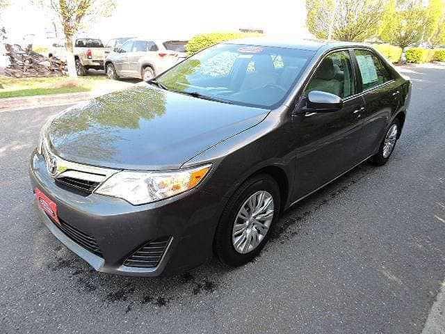 Toyota Camry 2013 $12911.00 incacar.com