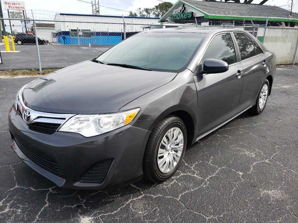 Toyota Camry 2014 $11999.00 incacar.com