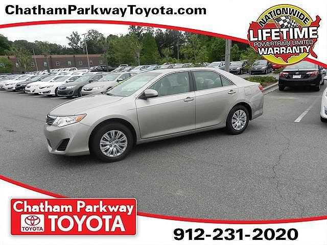 Toyota Camry 2014 $24823.00 incacar.com