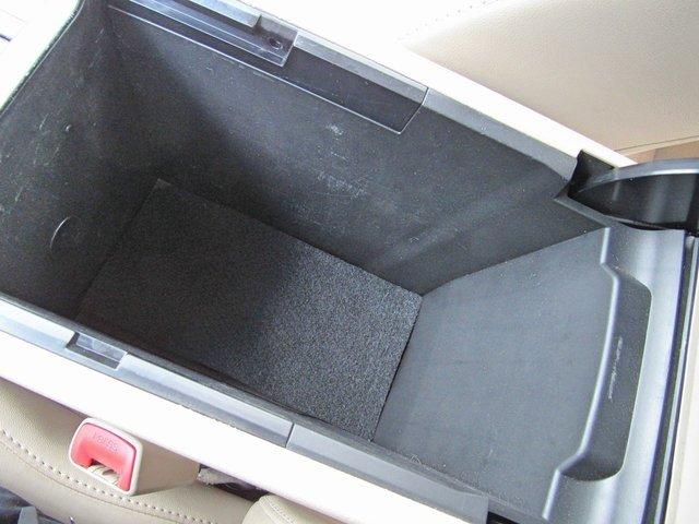 Toyota Camry 2014 $13400.00 incacar.com