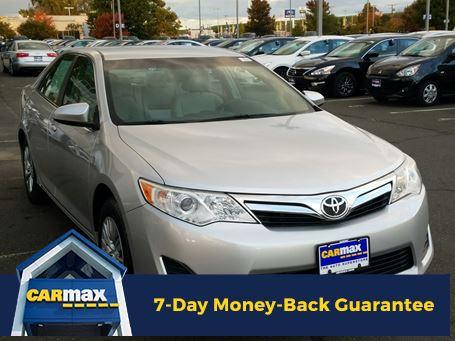 Toyota Camry 2014 $15998.00 incacar.com