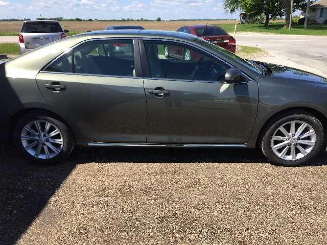 Toyota Camry 2014 $15995.00 incacar.com