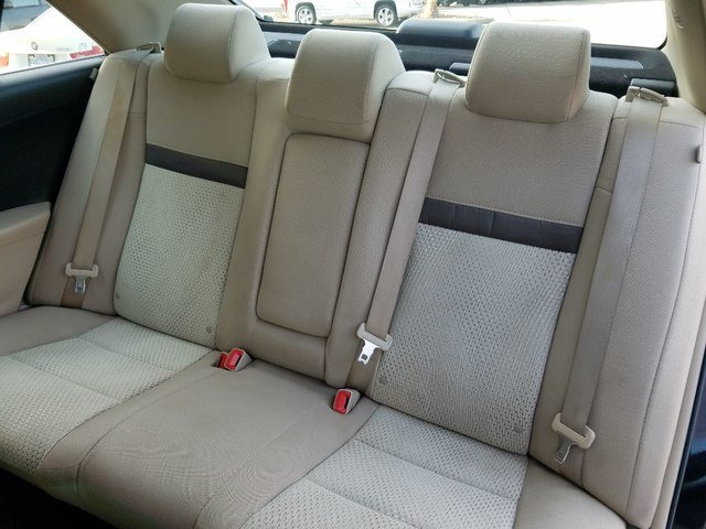 Toyota Camry 2014 $11500.00 incacar.com