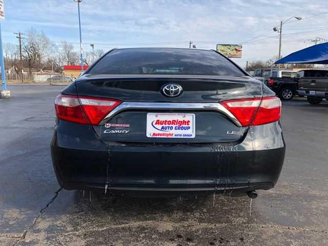 Toyota Camry 2015 $14995.00 incacar.com