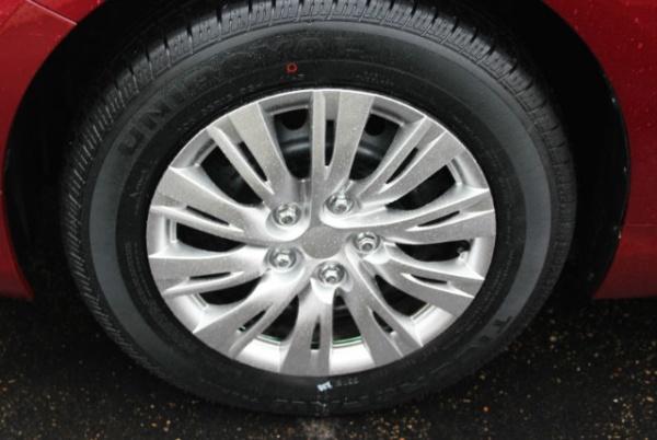 Toyota Camry 2015 $9999.00 incacar.com