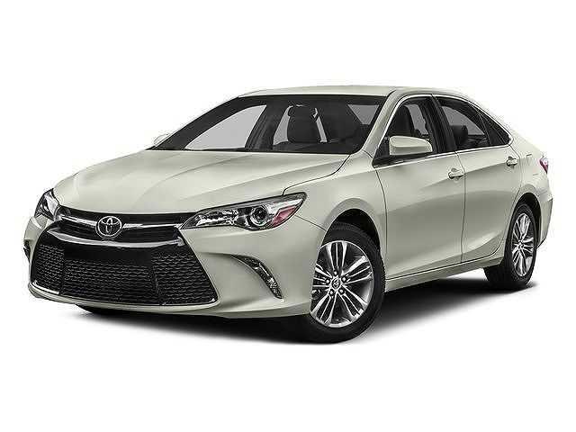 Toyota Camry 2016 $18300.00 incacar.com