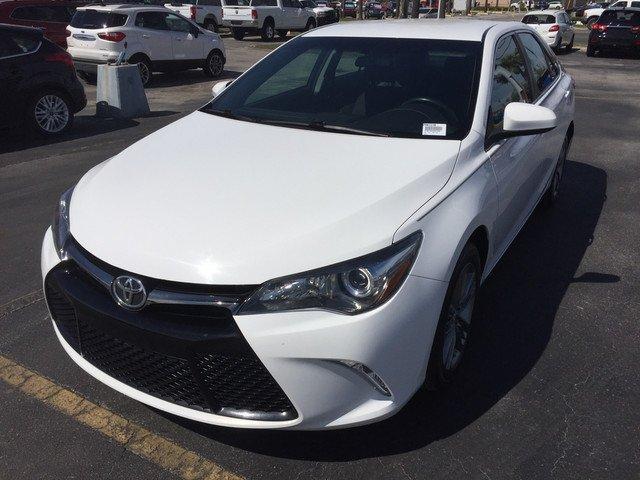 Toyota Camry 2016 $17998.00 incacar.com