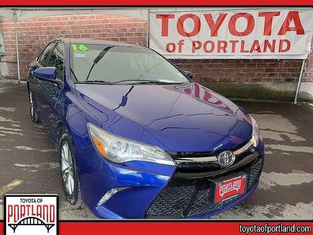 Toyota Camry 2016 $12494.00 incacar.com