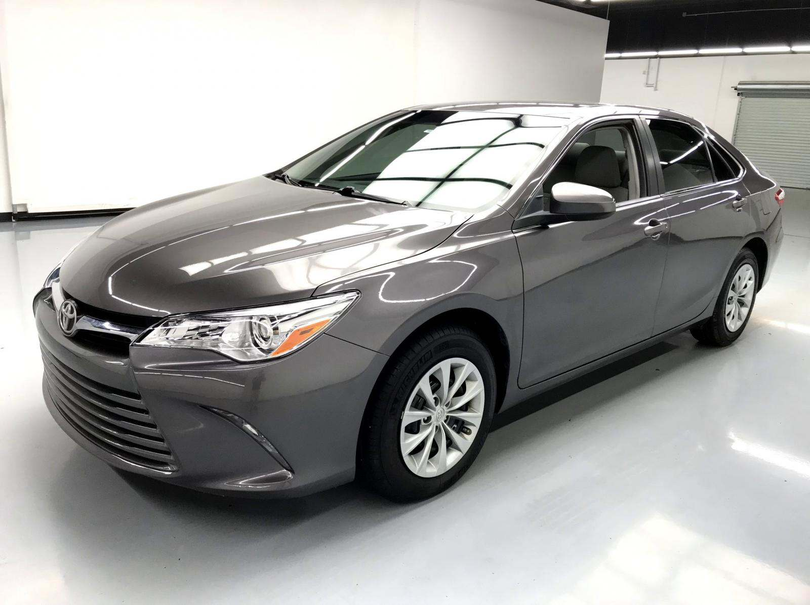 used Toyota Camry 2017 vin: 4T1BF1FK5HU449275