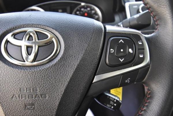 Toyota Camry 2017 $12995.00 incacar.com