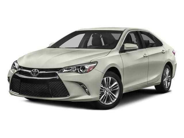 Toyota Camry 2017 $15981.00 incacar.com