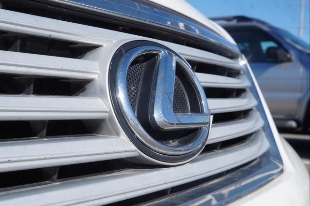 Toyota Camry 2018 $18920.00 incacar.com