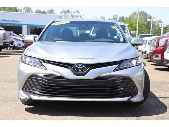 Toyota Camry 2018 $17487.00 incacar.com