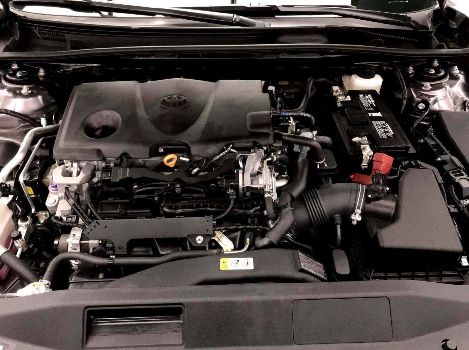 used Toyota Camry 2018 vin: 4T1B11HK0JU667528