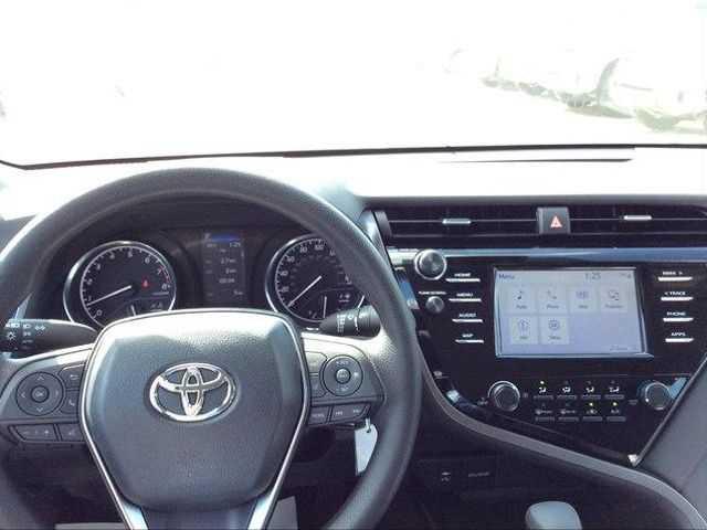 Toyota Camry 2019 $24901.00 incacar.com
