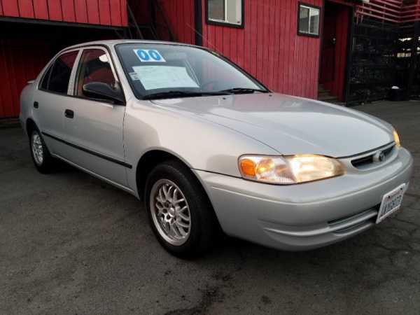 Toyota Corolla 2000 $4750.00 incacar.com
