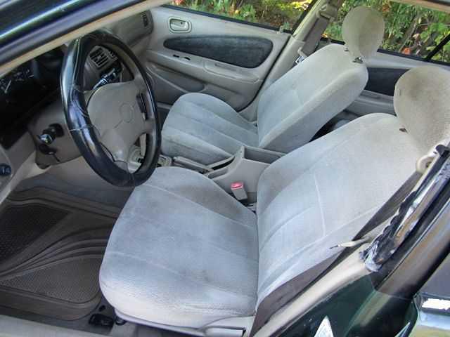 used Toyota Corolla 2001 vin: 1NXBR12E11Z459380