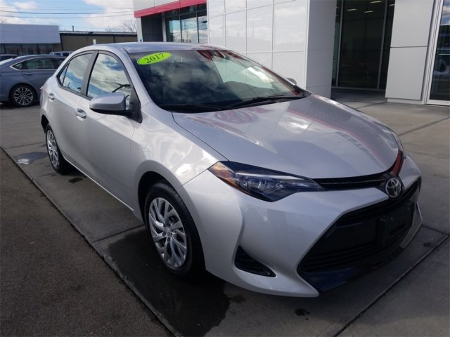 Toyota Corolla 2017 $14400.00 incacar.com