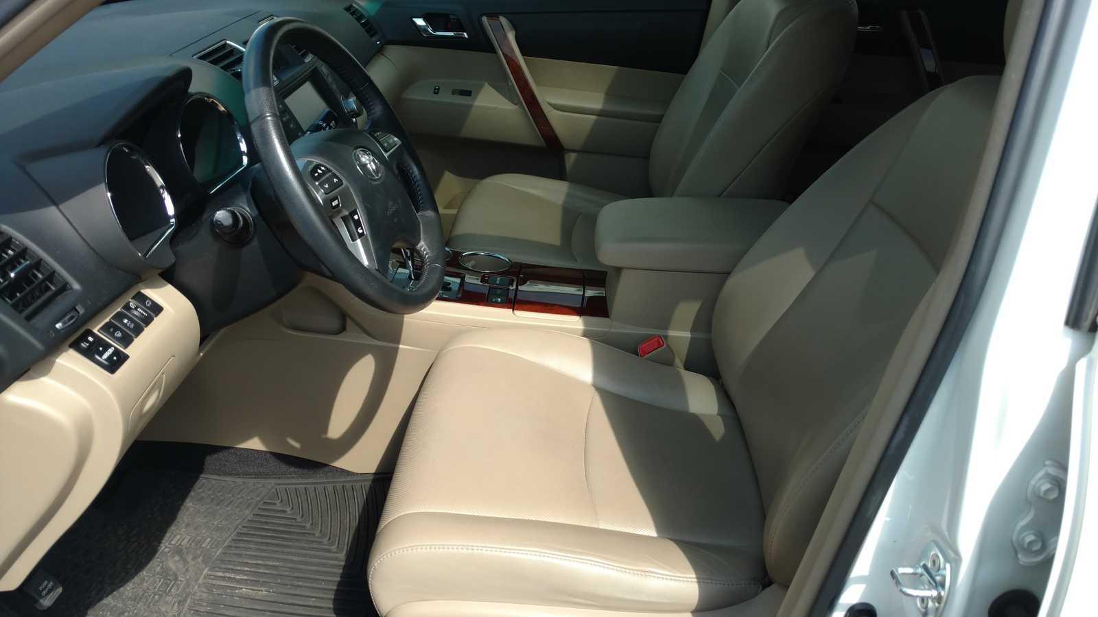 Toyota Highlander 2012 $17850.00 incacar.com