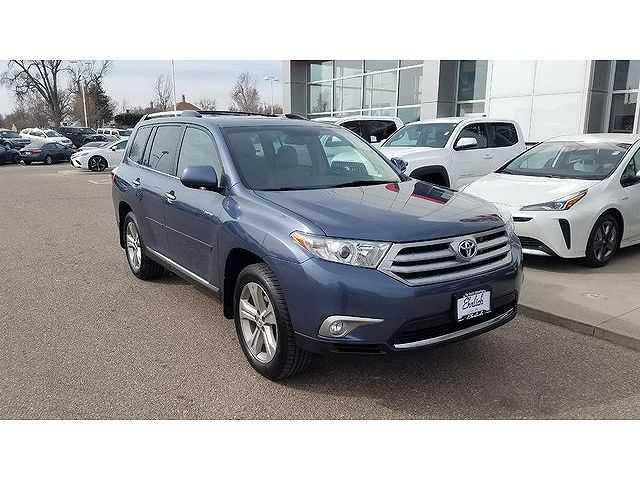 Toyota Highlander 2013 $20990.00 incacar.com
