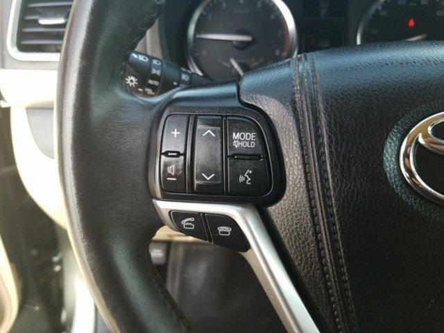Toyota Highlander 2015 $19999.00 incacar.com