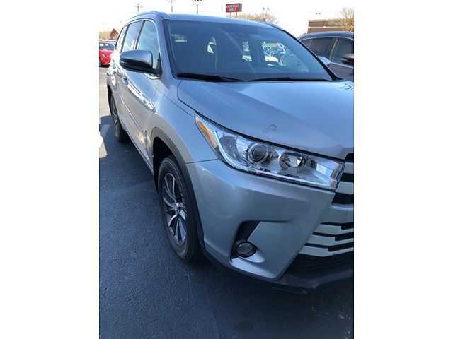 Toyota Highlander 2017 $32990.00 incacar.com