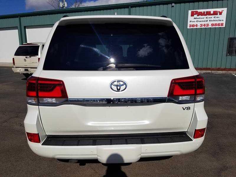 Toyota Land Cruiser 2016 $45.00 incacar.com