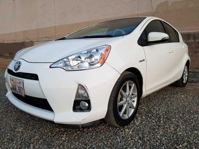 Toyota Prius 2012 $4800.00 incacar.com