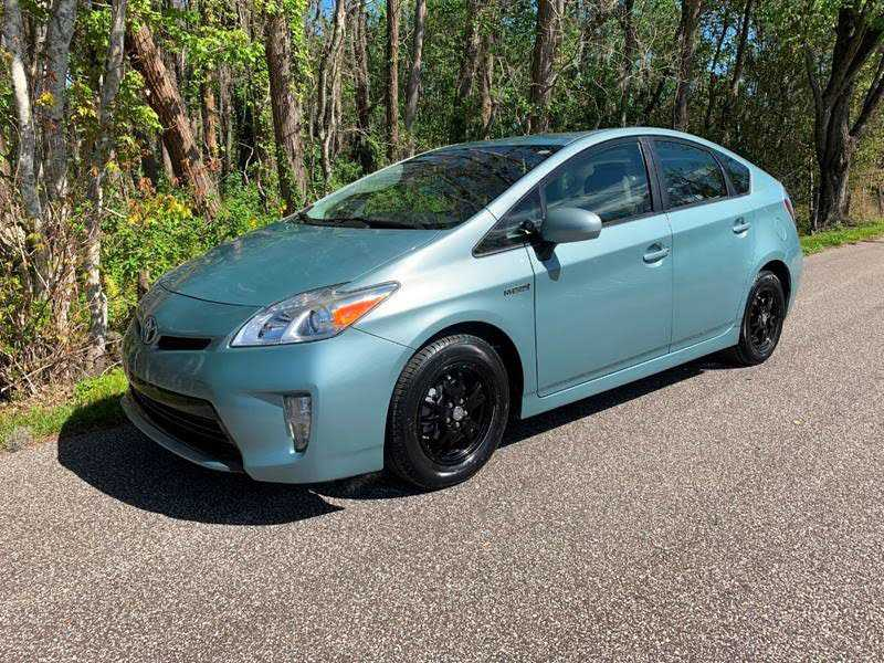 Toyota Prius 2014 $9995.00 incacar.com