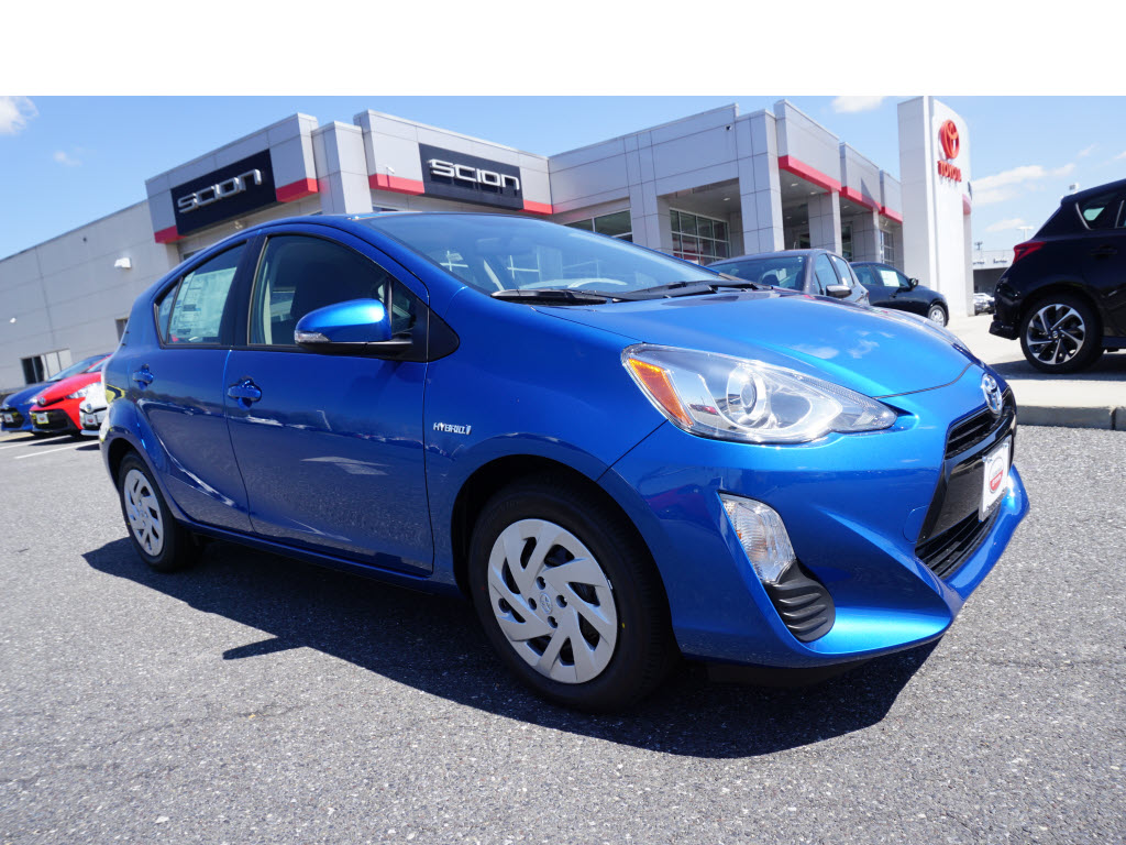 Toyota Prius 2016 $22845.00 incacar.com