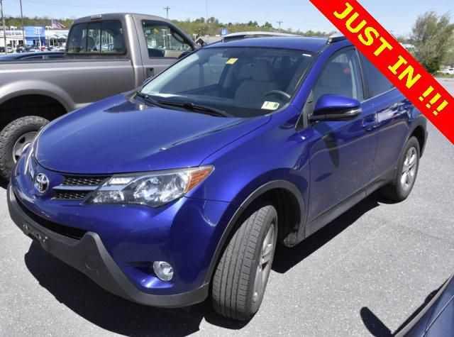 Toyota RAV4 2015 $17800.00 incacar.com