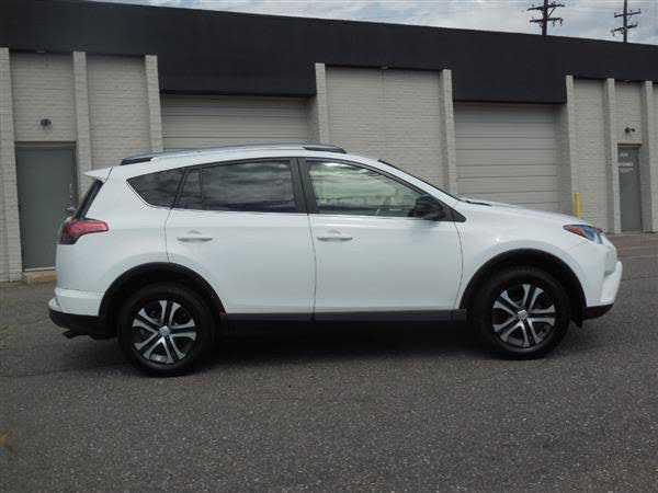 Toyota RAV4 2017 $13900.00 incacar.com