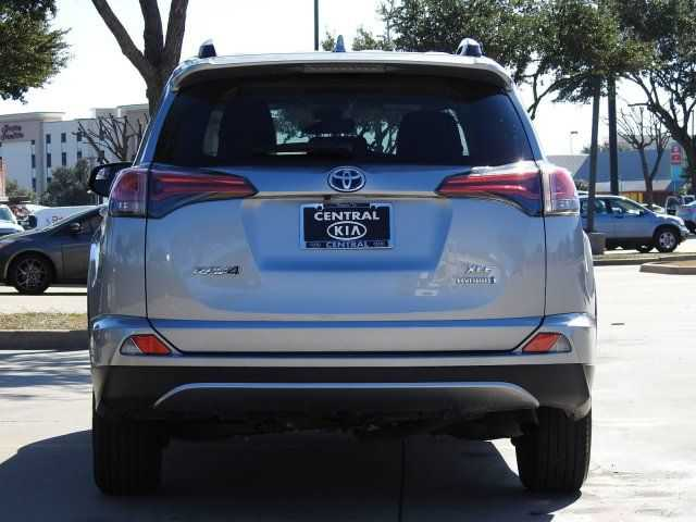 Toyota RAV4 2017 $26250.00 incacar.com