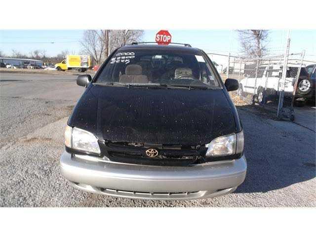 Toyota Sienna 2000 $1500.00 incacar.com