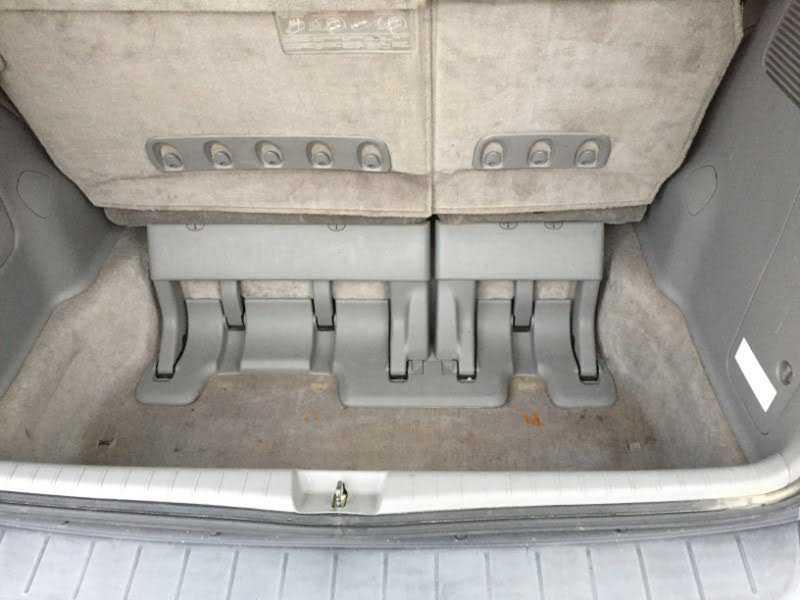 Toyota Sienna 2010 $9995.00 incacar.com